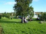 Nachtlager im Garten einer russischen Familie